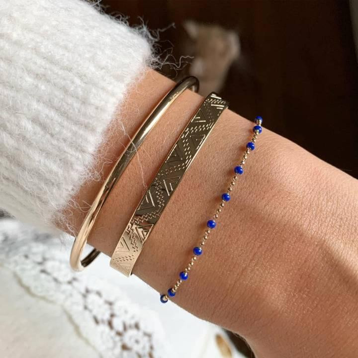 Gold-plated chain bracelet with blue beads
