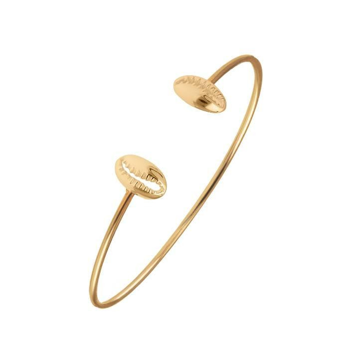 Gold-plated cowrie shell open bangle
