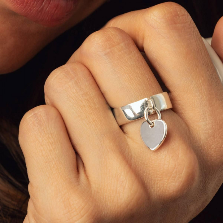 925 Silver Band ring with heart medal