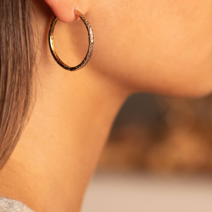 Gold-plated Large textured hoop earrings