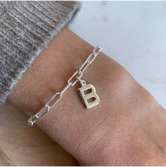 Chain bracelet with thick large links & initial