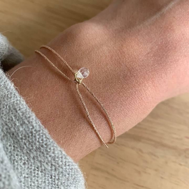 Gold-plated tie bracelet with moonstone
