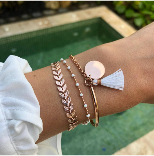White laurel bracelet set