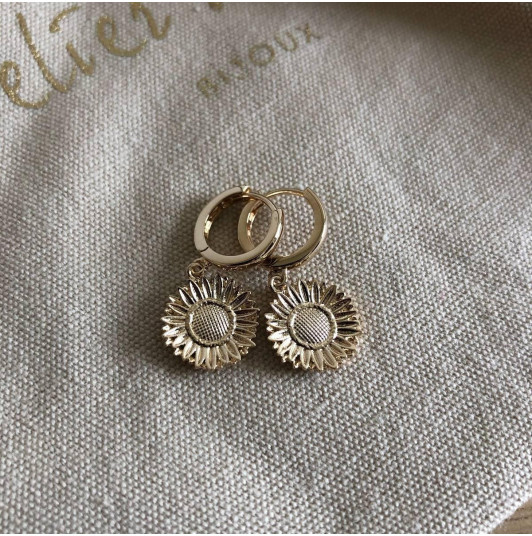 Flower medal hoop earrings