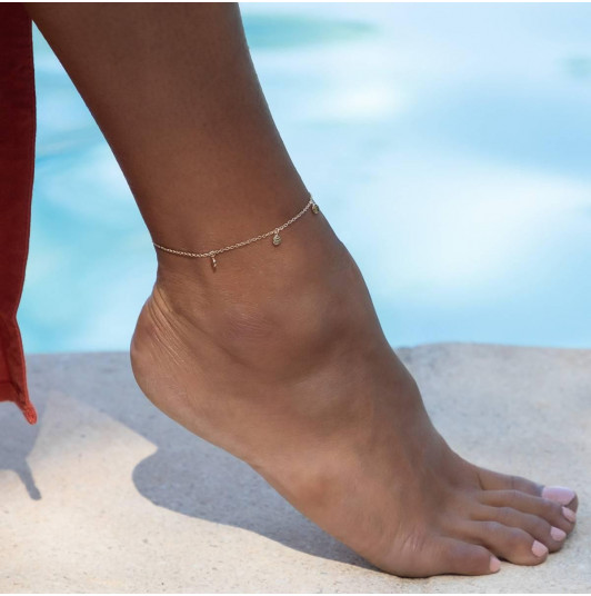 Small hammered medals chain anklet