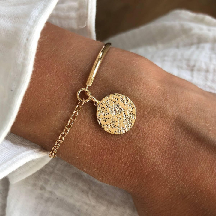 Gold-plated half bangle and chain bracelet with Maya medal