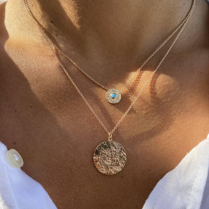 Gold-plated chain necklace with textured medal & turquoise