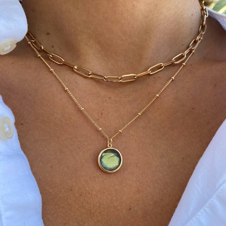 Gold-plated beaded chain necklace with Amazonite medal