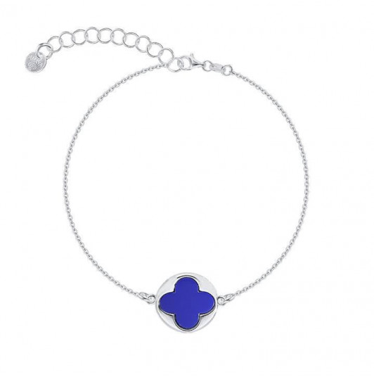 Chain bracelet with clover medal