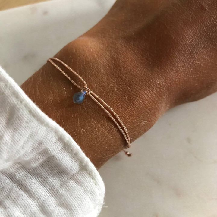 Rose gold-plated tie bracelet with labradorite