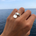 925 Silver band ring with small curved medal