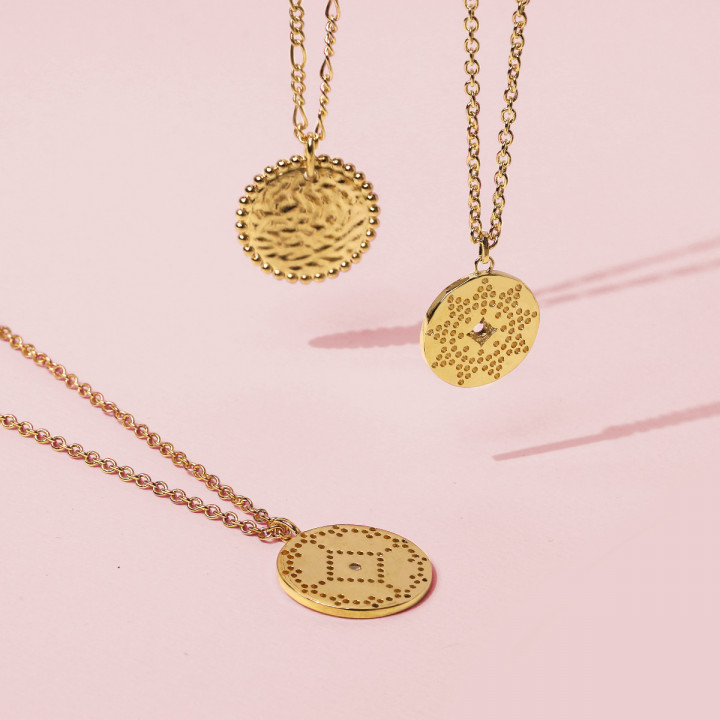Gold-plated dotted sun medal chain necklace