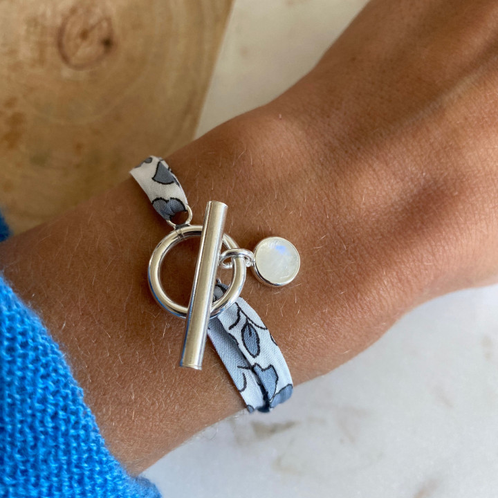 925 Silver liberty bracelet with T-toggle & gemstone