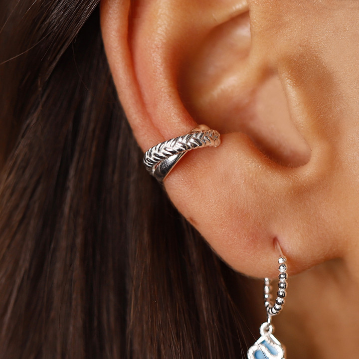 925 Silver single braided and crossed open earring