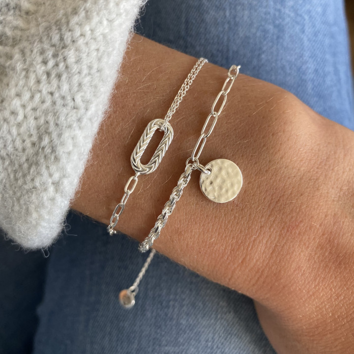925 Silver twisted and large link chain bracelet with hammered medal