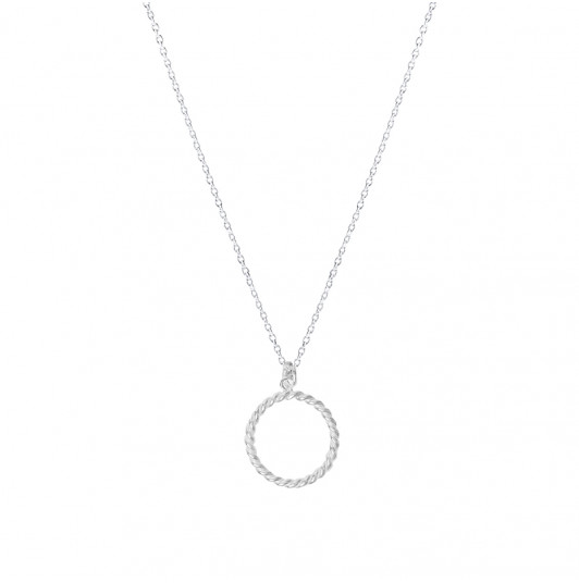 Twisted ring chain necklace