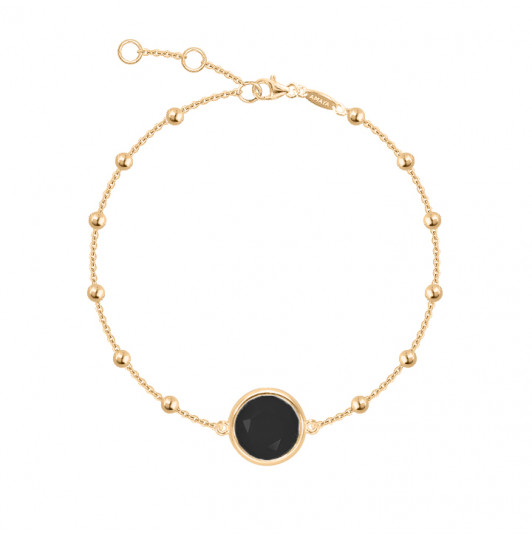 Beaded chain bracelet with onyx medal