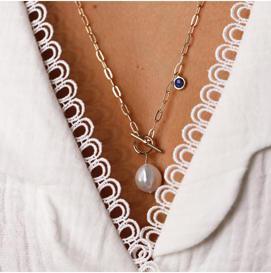 Link chain necklace with freshwater pearl & lapis lazuli