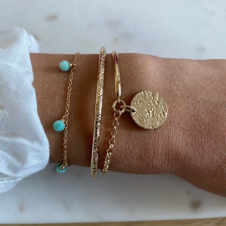 Gold-plated chain bracelet with amazonite beads