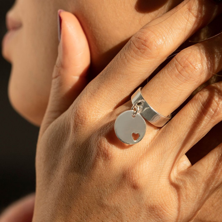 925 Silver band ring with small hollowed heart medal