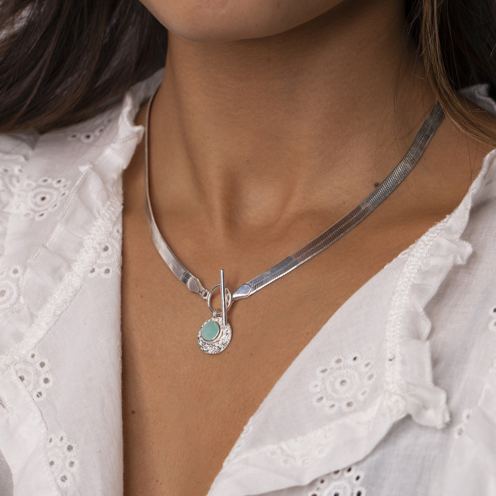 Snake mesh necklace with t toggle & gemstone Maya medal