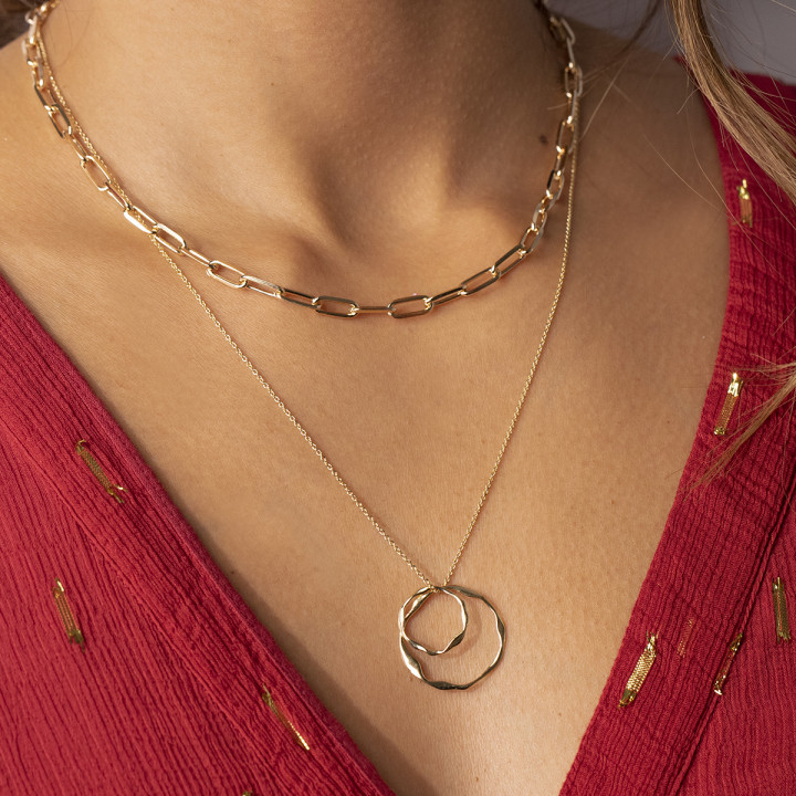 Gold-plated chain necklace with two twisted rings
