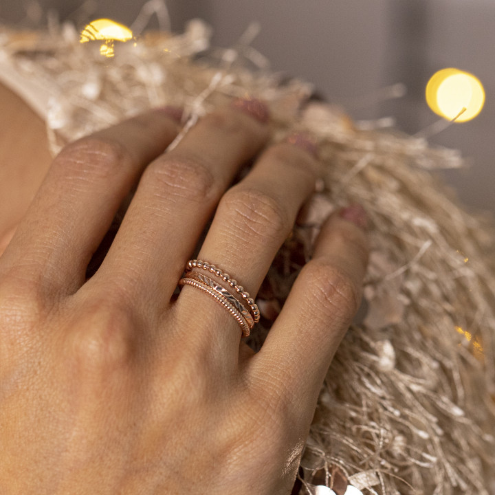 Thin rose gold-plated ring with small beads