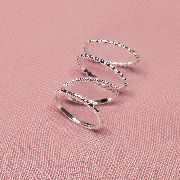 925 Silver chiselled ring set