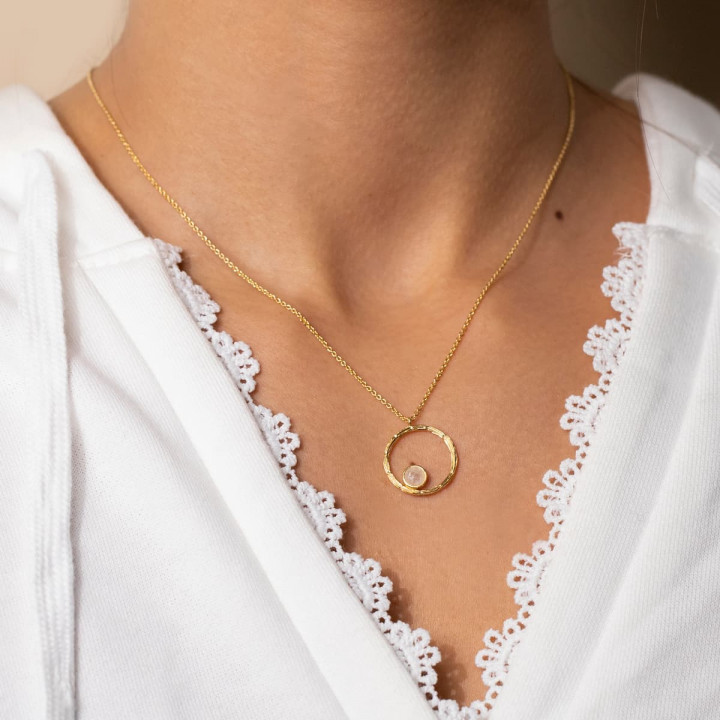 Gold-plated striated ring & moonstone chain necklace