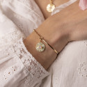 Gold-plated half bangle and chain bracelet with striated Moonstone medal