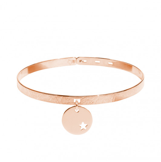 Brushed lock bangle with small hollowed star medal