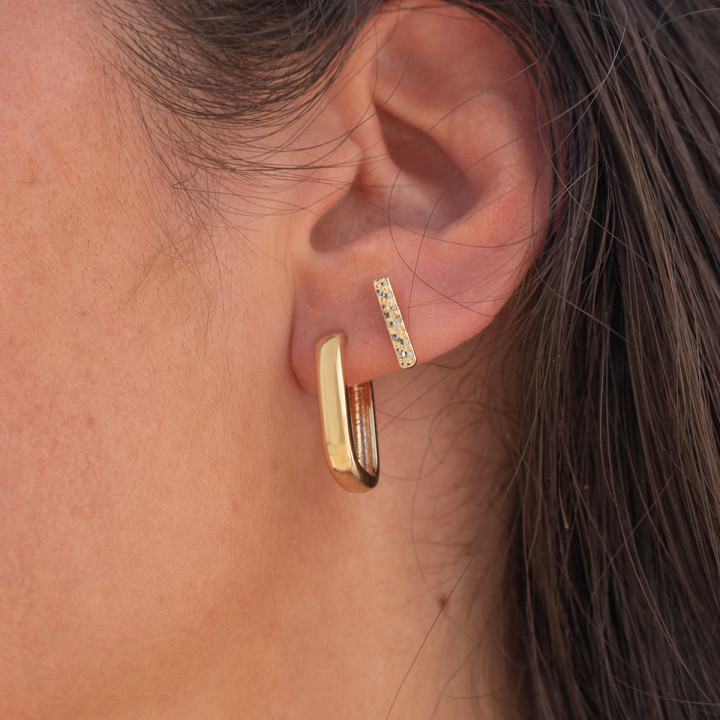 Gold-plated hammered rods stud earrings