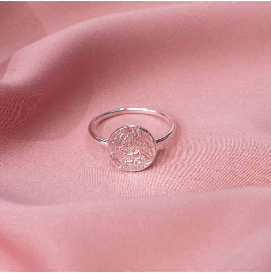 textured medal ring