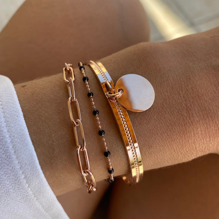 Rose gold-plated chain bracelet with small black beads