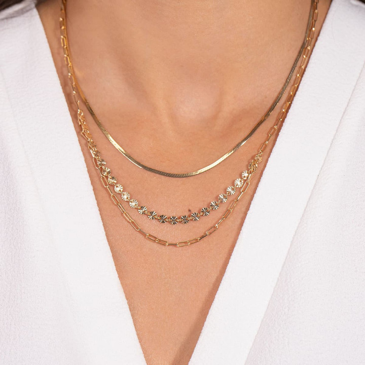 Gold-plated triple row necklace with fancy chains