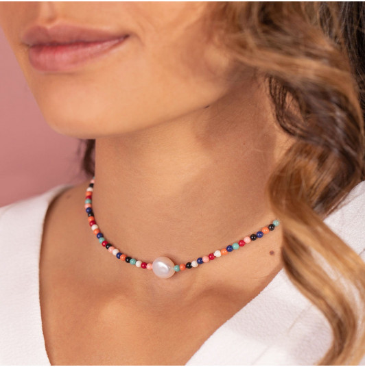 Coloured pearls & Freshwater pearl necklace