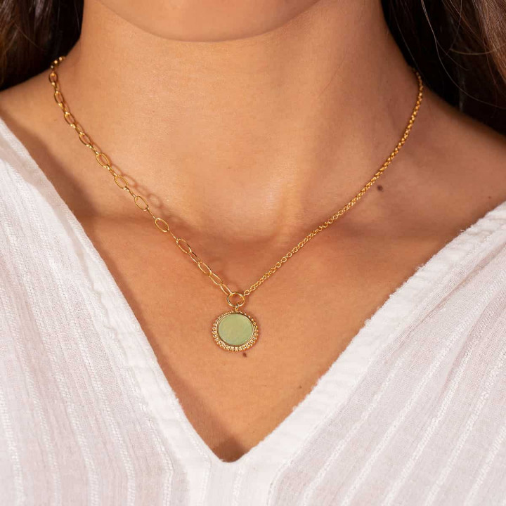 Gold-plated large link chain necklace with beaded Aventurine medal