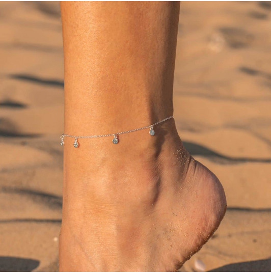 Chain anklet with textured medals