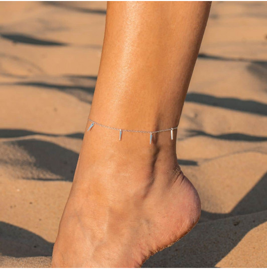 Chain anklet with hanging rods