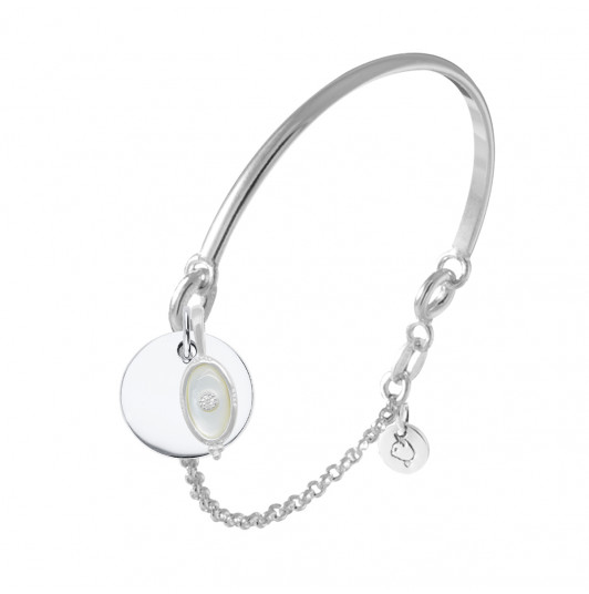 Half bangle and chain bracelet with medal & beaded oval Nacre