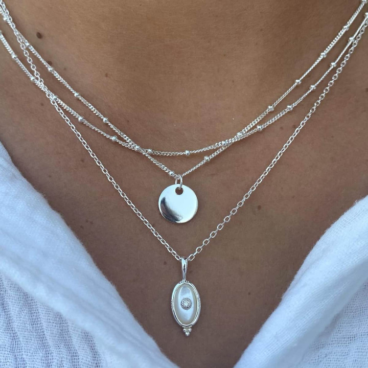925 Silver chain necklace with beaded oval Nacre pendant