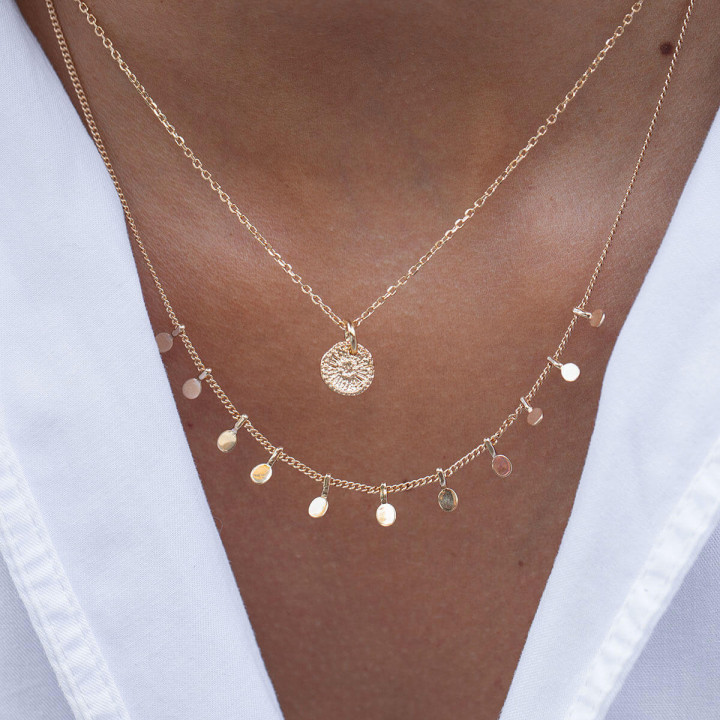 Gold-plated chain necklace with hanging petals