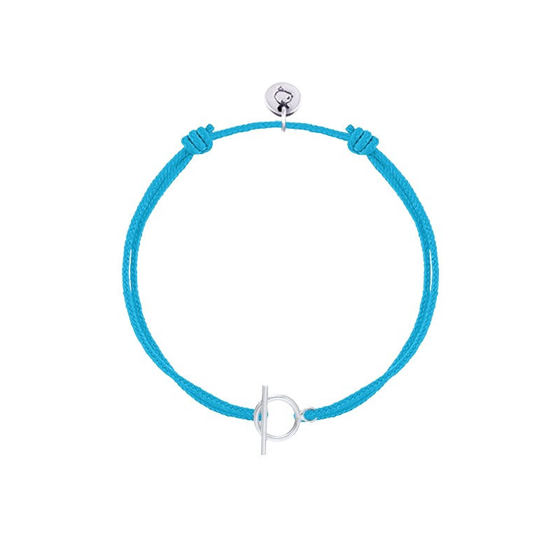 Tie bracelet with little T toggle