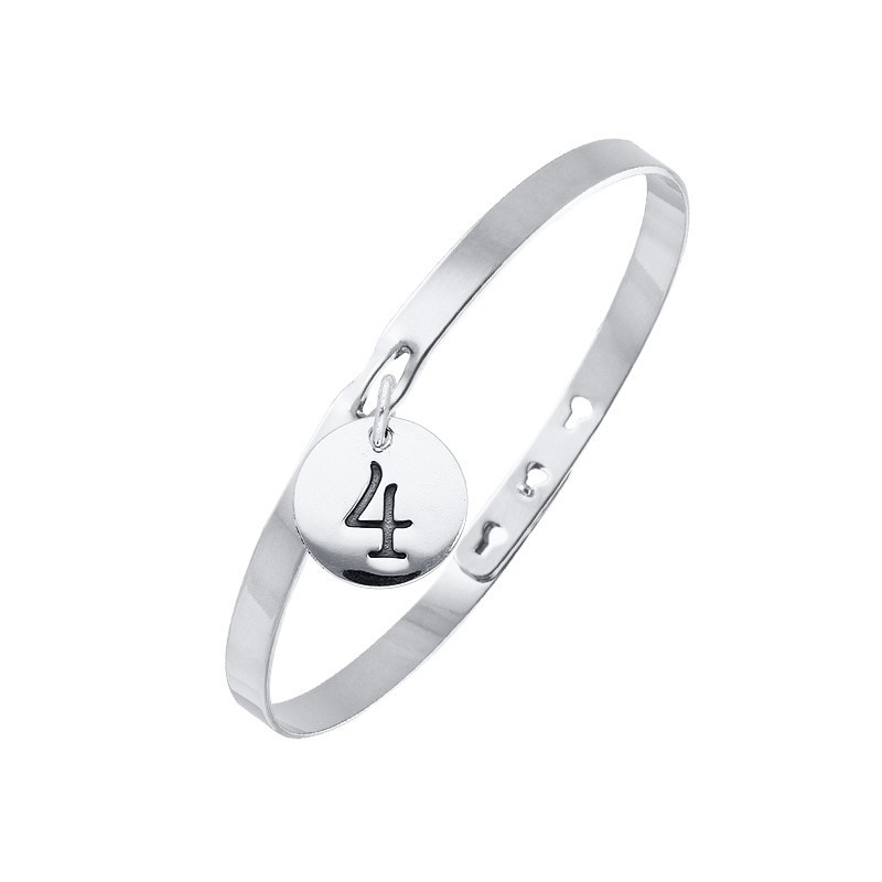 Lock bangle with number medal