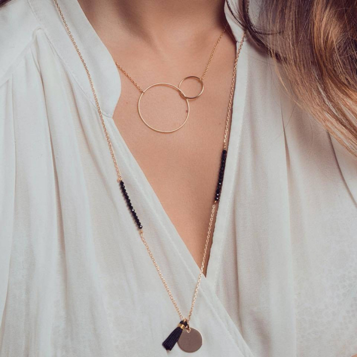 Rings and spinels necklace duo