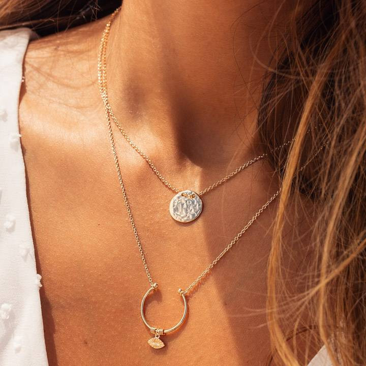Gold-plated chain necklace with open ring