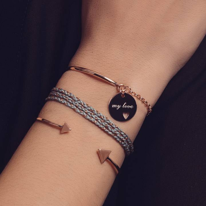 Half bangle and chain bracelet with medal and little perforated heart