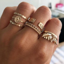 Oval star ring