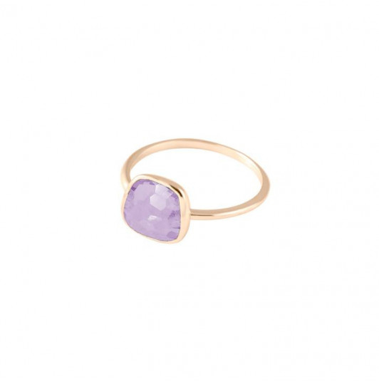 Medium amethyst gemstone ring
