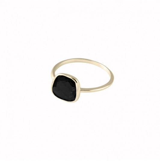 Medium onyx gemstone ring